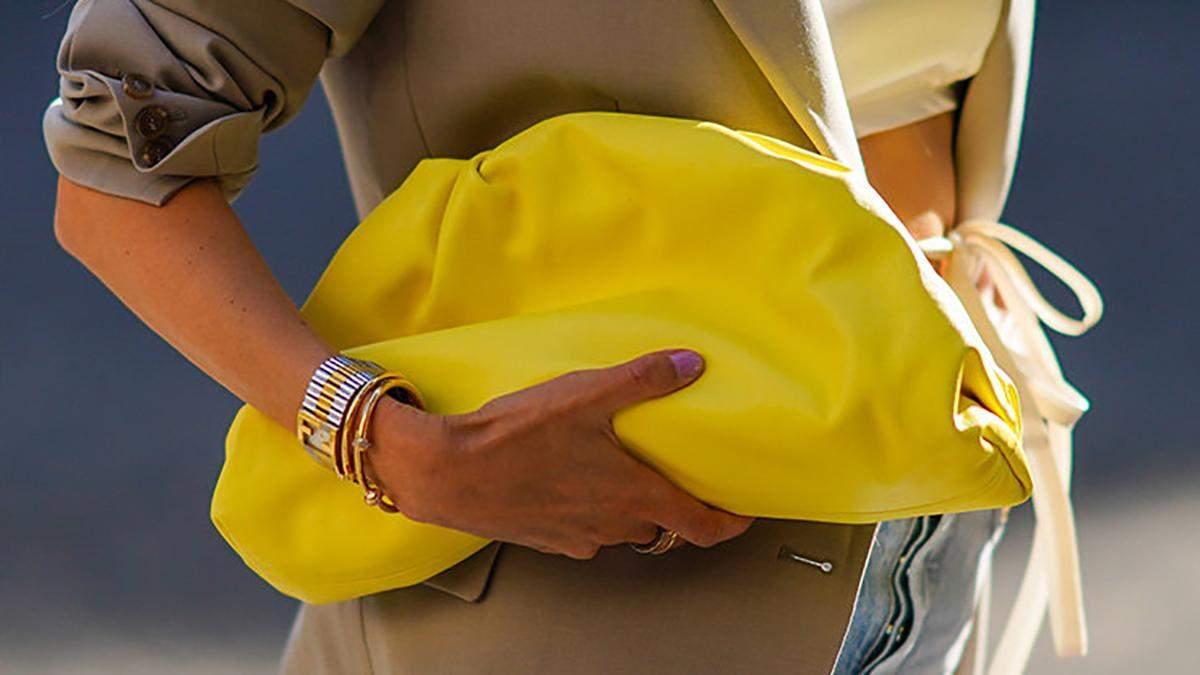 Как носить в 2021 году серый и желтый цвета фото