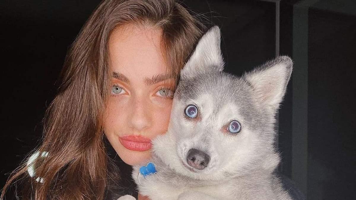 Как одевается модель Яэль Шелби – девушка с самым красивым лицом в мире