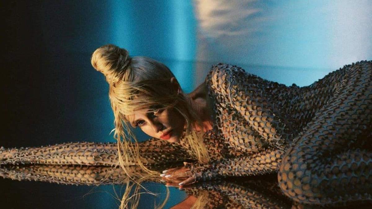 Надя Дорофеева показала стильный образ: фото