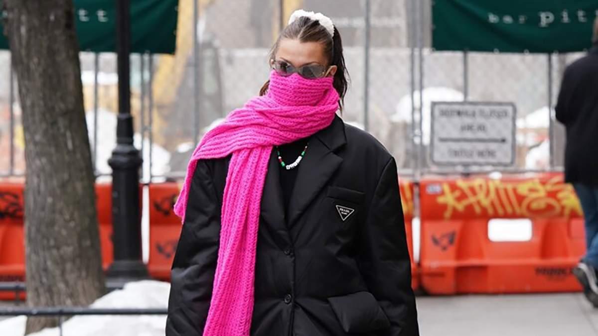 Белла Хадид прогулялась в стильном образе: фото