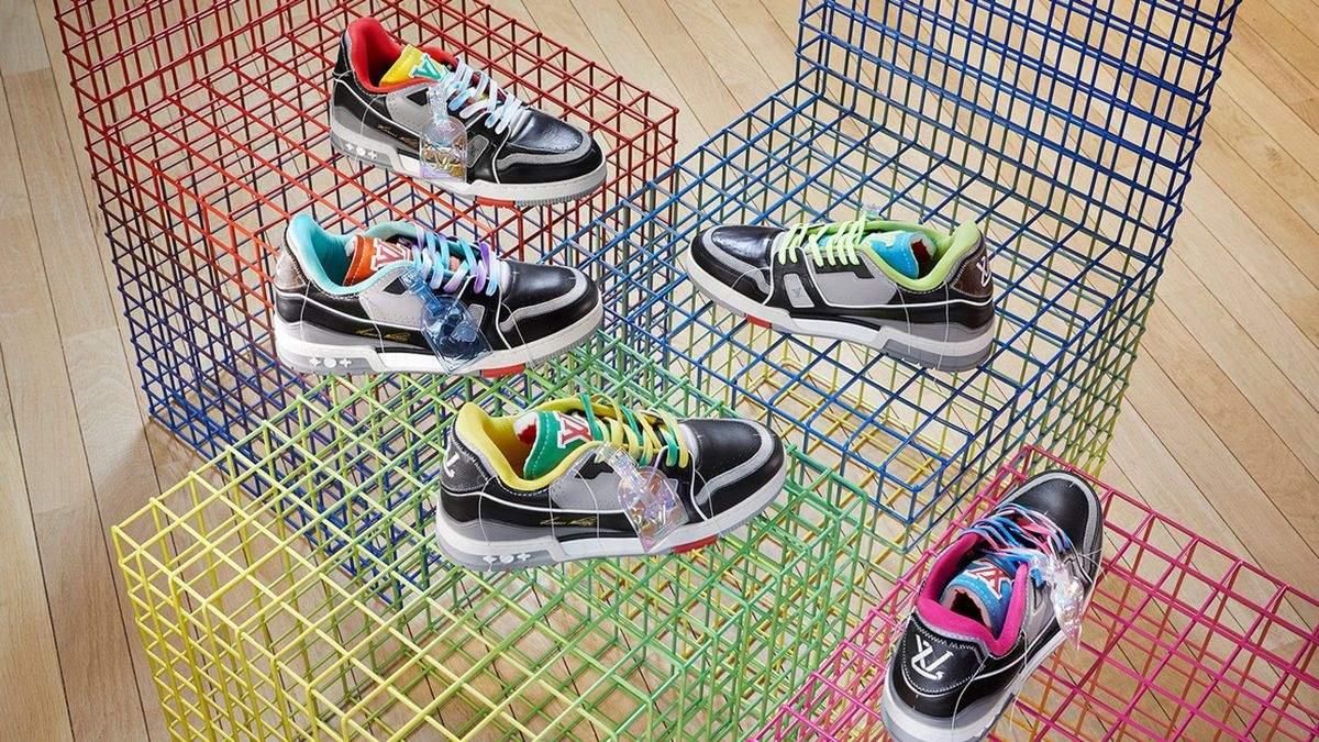 Трендові чоловічі кросівки весна – літо 2021: фото