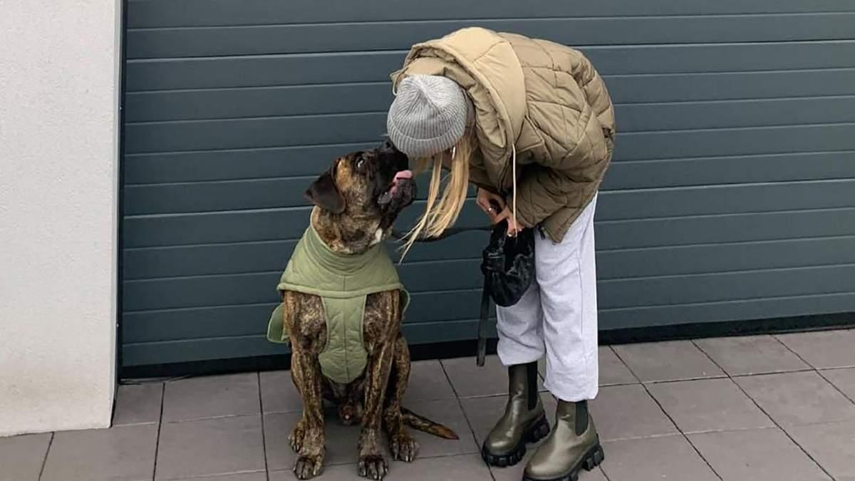 Образ для прогулянки з собакою: фото