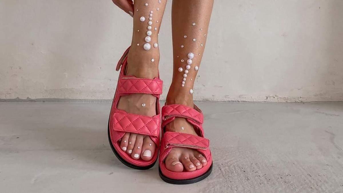 Стильні сандалі на липучках