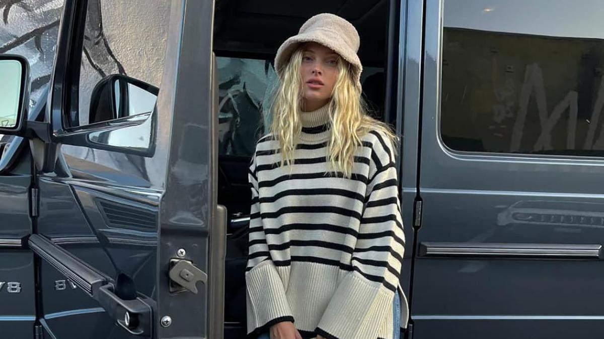 Полосатый свитер – тренд сезона: стильный образ показывает шведка Эльза Хоск