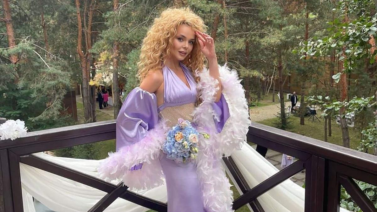 Схожа на Аллу Пугачову: співачку Аліну Гросу висміяли в мережі за невдалий образ – фото - Fashion