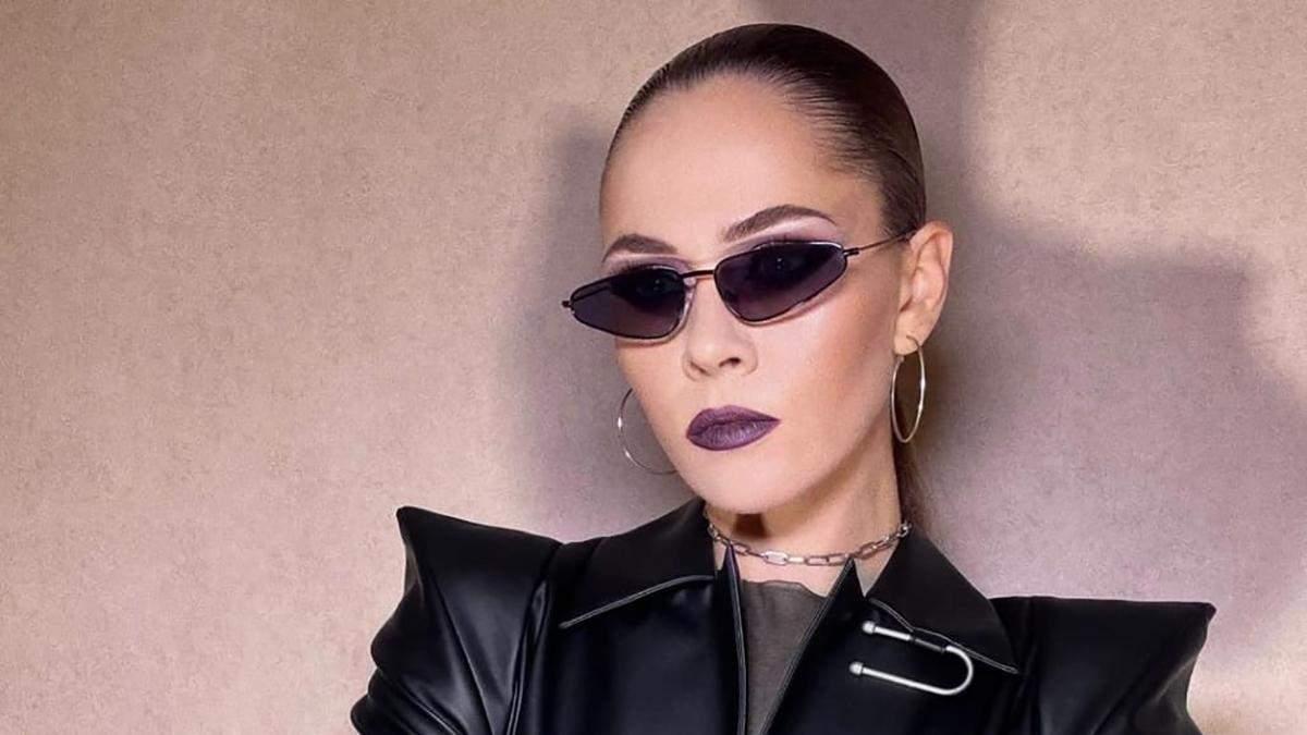 """Юлія Саніна приміряла образ у стилі """"Матриці"""": неймовірний образ - Fashion"""