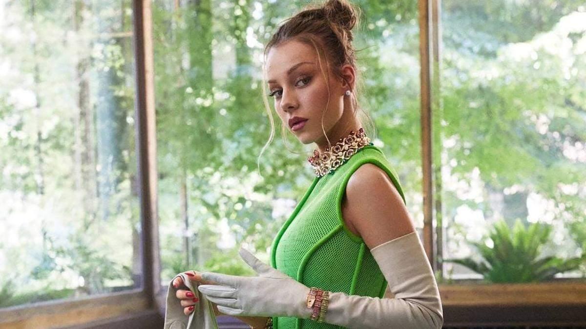 Естер Еспосіто знялася у фантастичній фотосесії для Harper's Bazaar Mexico: розкішні фото - Fashion