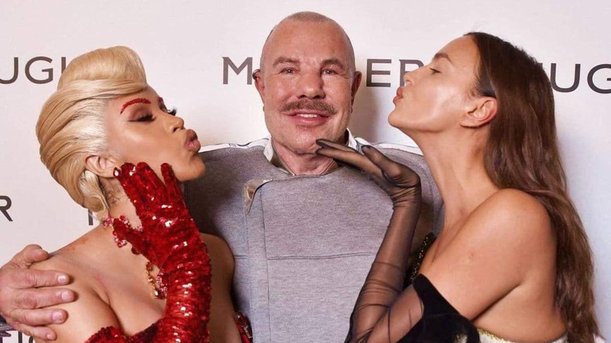 Карла Бруні, Ірина Шейк та Карді Бі: найрозкішніші образи знаменитостей на виставці Тьєрі Мюглер - Fashion