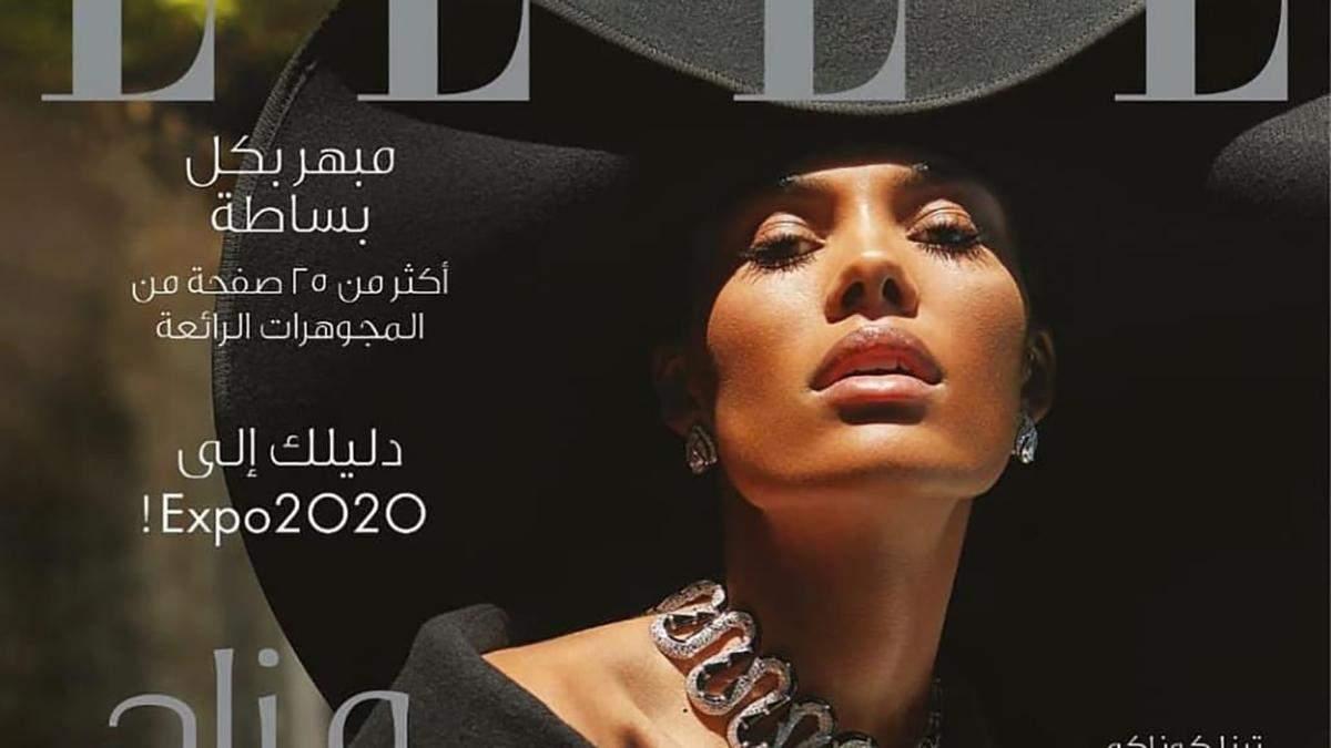 Тина Кунаки примерила безупречный наряд для обложки арабского Elle: стильные образы