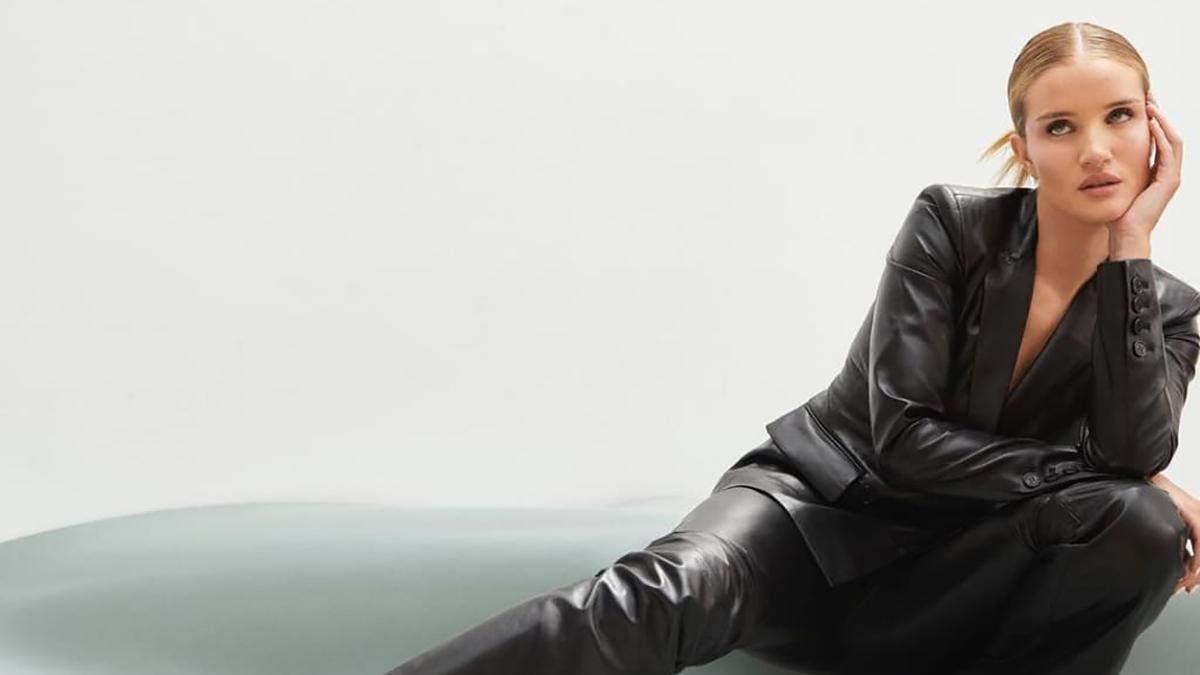 Розі Гантінгтон-Вайтлі позує у розкішному шкіряному костюмі: ефектні кадри - Fashion