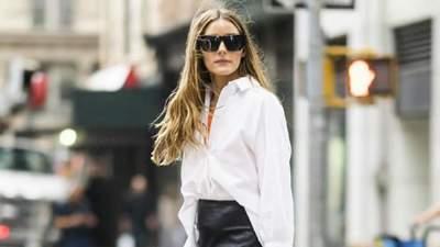 Олівія Палермо показала стильний образ у білій сорочці та шкіряній спідниці: фото