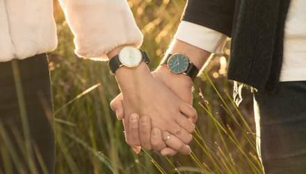 На какой руке носят часы женщины и мужчины: правила этикета и рекомендации