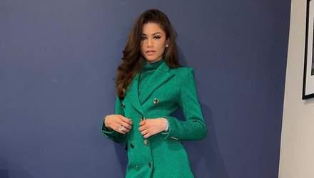 Зендая одягнула бездоганну сукню-жакет смарагдового кольору: стильний кадр