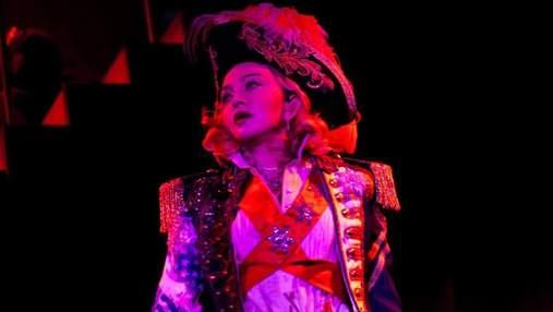 Мадонна вийшла у світ в капелюсі від українського дизайнера: фото