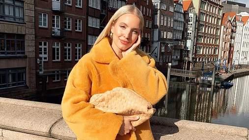 Сумка Bottega Veneta і черевики Tire Boots: Леоні Ганне продемонструвала стильний зимовий аутфіт