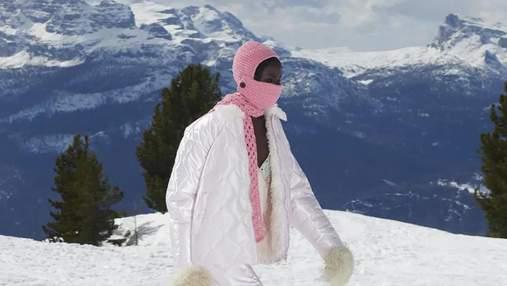 Балаклавы и горные сапоги: как прошел в Альпах показ коллекции Miu Miu осень – зима 2021/2022