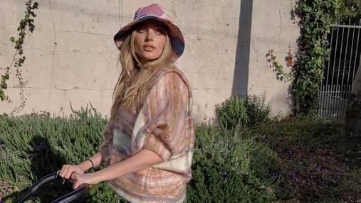 Эльза Хоск на прогулку с ребенком надевает винтажную панаму и брюки Louis Vuitton: милое фото