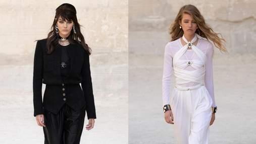 Ода черному и белому цветам: новая коллекция Chanel Resort 2022