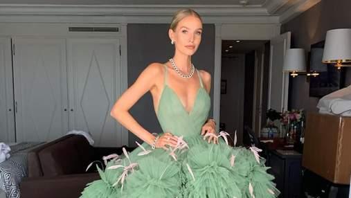 Леони Ханне пришла на красную дорожку Каннского кинофестиваля в помпезном платье: фото