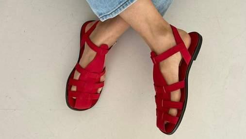 Тренд лета – рыбацкие сандалии: как носят забытую обувь инстаграм-модницы