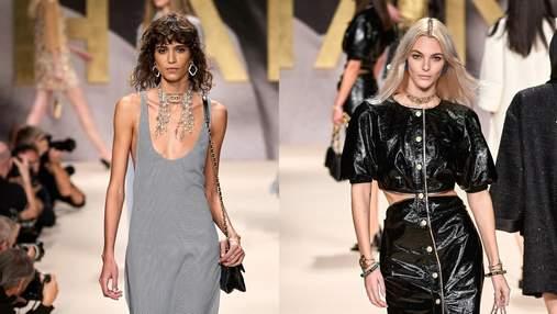 Черно-белые купальники, мини-шорты и стеганые сумки: чем поразил показ Chanel в Париже