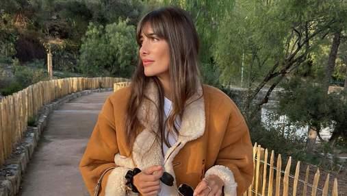 Жюли Феррери показала роскошную дубленку с кирпичной сумкой: стильное фото