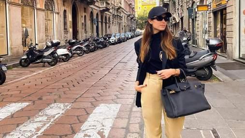 """Жена """"танцующего миллионера"""" прогулялась Миланом в леопардовых тапках: впечатляющий образ"""