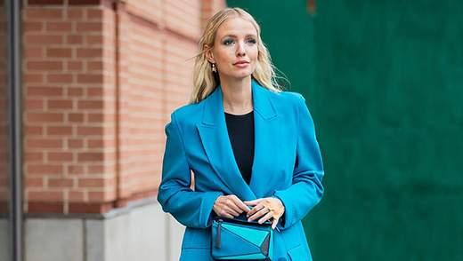 Как носить зимой все оттенки голубого: модные примеры от Леони Ханне