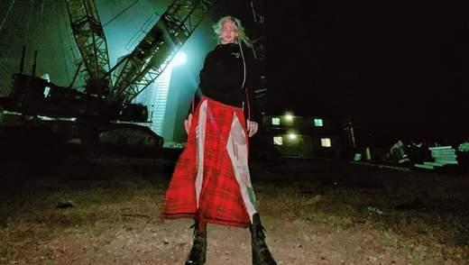 Девушка Илона Маска одевается у украинского дизайнера: дерзкий образ в лосинах от TTSWTRS